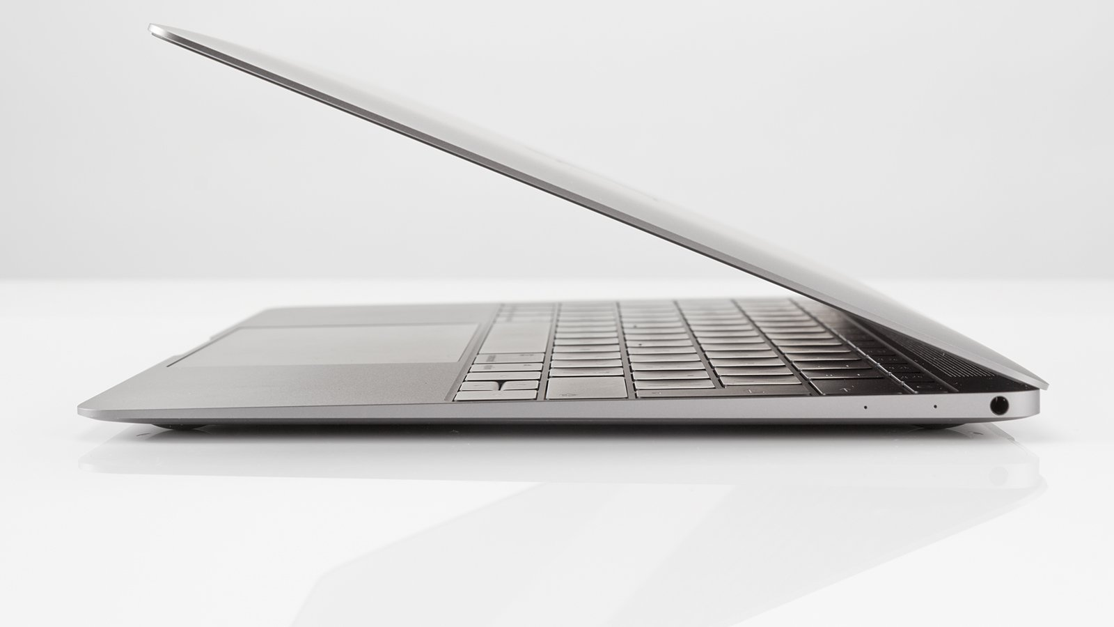 Images Of Macbook Air 2017 13 Inch Spacehero Apple Mmgf2 Silver A Successor To The 12 Retina Could