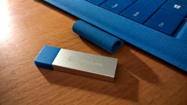 Microsoft Windows 10 Home English Usb Flash Drive: Running Windows 10 On Any PC From A USB Stick Drive (2018